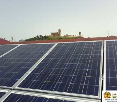 Instalación solar fotovoltaica de Alba Renova en una bodega