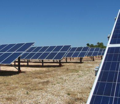 Planta de energía solar fotovoltaica de conexión a red de Alba Renova