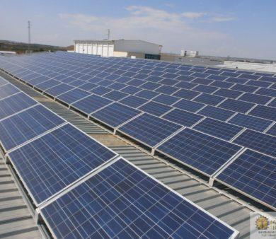 Instalación solar fotovoltaica de conexión a Red de Alba Renova
